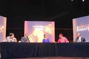 SILENT WARS: In the heat of the debate between the opposing parties. Photo: Thabile Manala